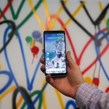 Le Google Pixel 2 XL lors de son lancement,e l 4 octobre 2017 à San Francisco