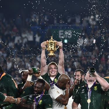 L'Afrique du Sud remporte la Coupe du monde de rugby, le 2 novembre à Yokohama.