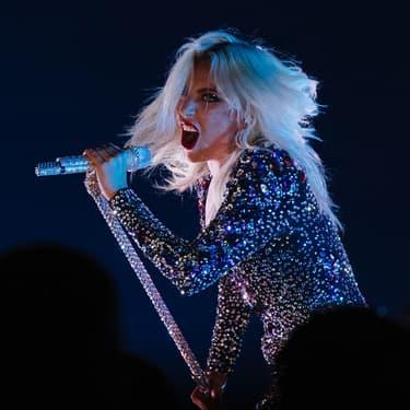 Lady Gaga chante sur la scène de la 61e édition des Grammy Awards en février 2019.