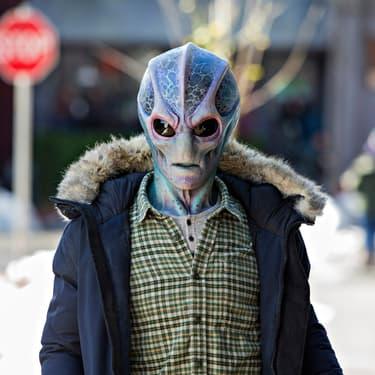 3 bonnes raisons de craquer pour Resident Alien, la nouvelle série SYFY