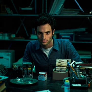 Penn Badgley dans You sur Netflix.