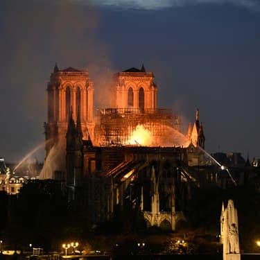 Le terrible incendie de Notre-Dame de Paris le 15 avril 2019.