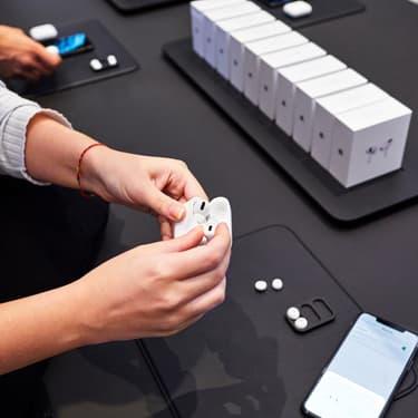 Apple : une mise à jour pour les AirPods 2