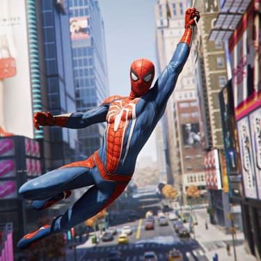 Spider-Man a 42 tenues possibles dans le jeu, dont celui avec l'araignée blanche.