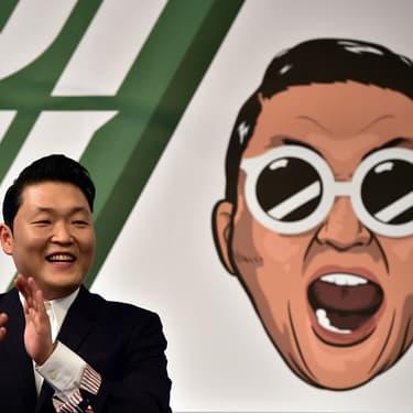 Le chanteur coréen Psy lors d'une conférence de presse organisée à Séoul, le 30 novembre 2015