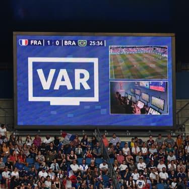 La FIFA défend l'utilisation de la VAR