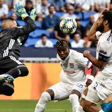 Le gardien lyonnais Anthony Lopes en action durant Lyon - Zénith Saint-Pétersbourg, le 17 septembre 2019.