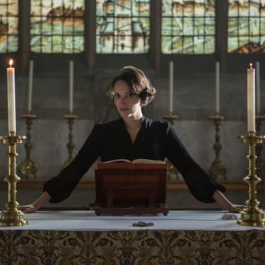 Phoebe Waller-Bridge dans la saison 2 de Fleabag sur Amazon Prime Video.