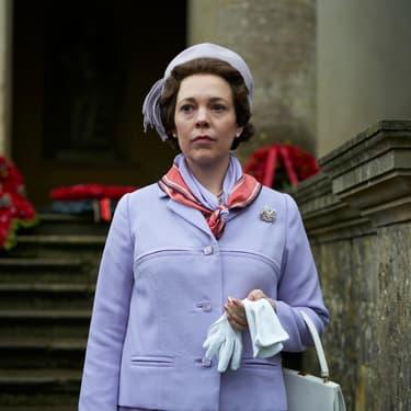 """Olivia Colman remplace Claire Foy dans la peau de la Reine Élisabeth II pour la saison 3 de """"The Crown""""."""