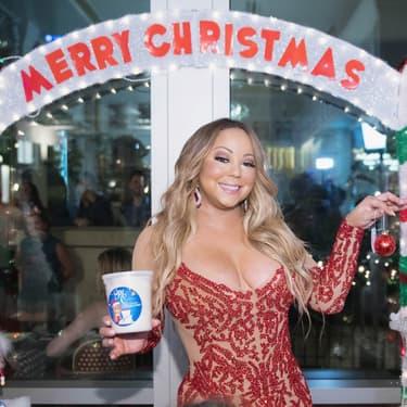 La grande diva lors du lancement de la Mariah Carey Christmas Factory en 2017.