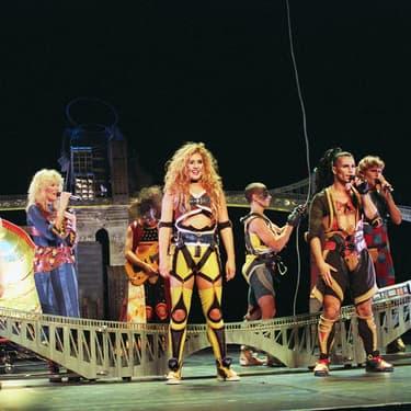 Jasmine Roy, Luce Dufault et Bruno Pelletier lors d'une représentation de Starmania au Théâtre Mogador, à Paris, le 27 septembre 1993.