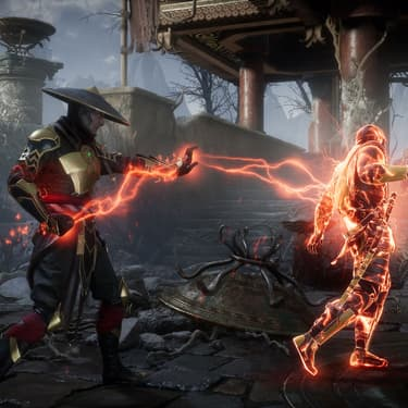 Raiden et Scorpion en plein affrontement dans Mortal Kombat 11.