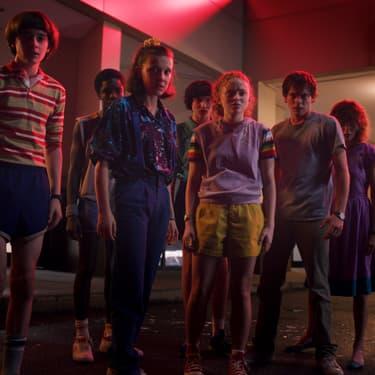 Netflix nous montre les retrouvailles des acteurs de Stranger Things pour la saison 4.