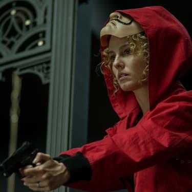 Otage au début de la série, Mónica devient Stockholm et rejoint le gang pour la troisième partie de La Casa de Papel sur Netflix