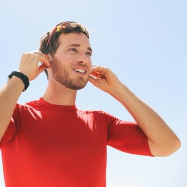 Bon plan : -50% sur les écouteurs sans fil Altice Smart Buds Sport chez SFR