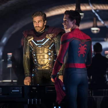 Spider-Man (Tom Holland) et son futur allié, Mysterio (Jake Gyllenhaal