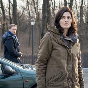 Emily Byrne (Stana Katic) et Jack Byrne (Neil Jackson), au coeur de l'intrigue de la série Absentia, diffusée en France sur Altice Studio.