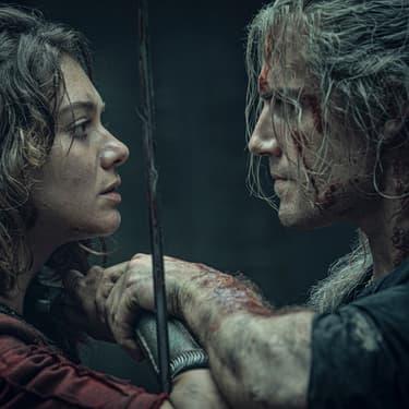 La saison 1 a surtout servi à présenter les personnages de The Witcher, comme Geralt de Riv, incarné par Henry Cavill.