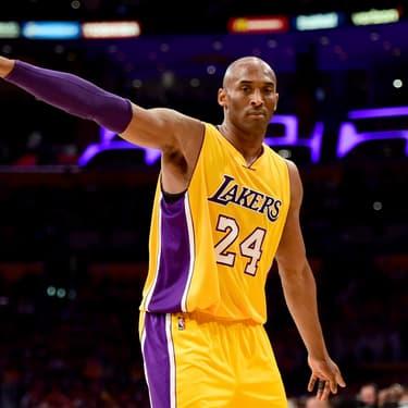 Kobe Bryant au sein des Lakers lors de son dernier match face à l'Utah Jazz, au Staples Center de Los Angeles, le 13 avril 2016.