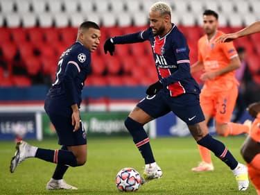 Ligue des Champions : 16 équipes qualifiées, quels adversaires pour le PSG ?