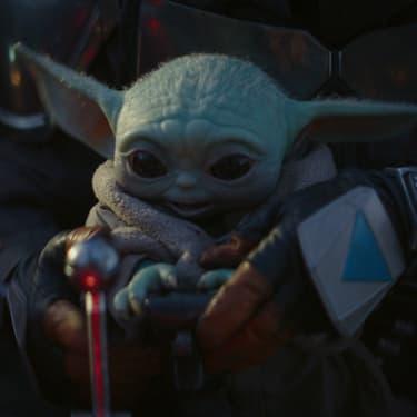 Baby Yoda dans The Mandalorian, la série Star Wars disponible sur Disney+