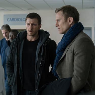 Nick Durand (Patrick Heusinger) et Jack Byrne (Neil Jackson), deux personnages qu'on aura le plaisir de retrouver dans la saison 3 d'Absentia.
