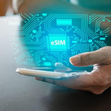 Comment Apple et Google vont démocratiser les cartes eSIM