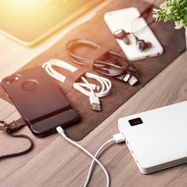 La recharge ultra rapide permet de charger sons smartphone en un temps record.