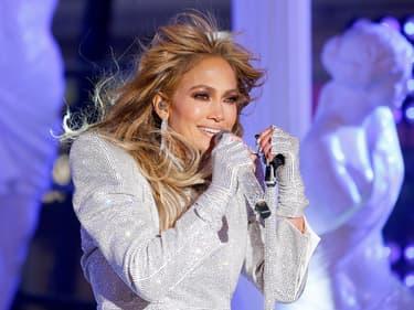 Jennifer Lopez fête les 20 ans de J.Lo