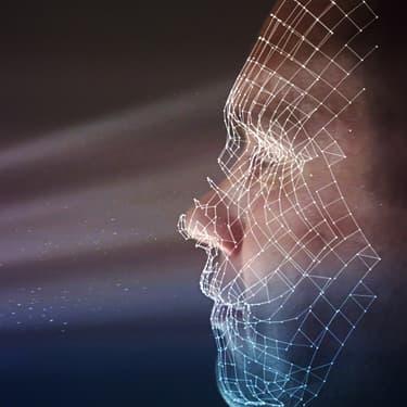 Avec la reconnaissance faciale, le visage est capté par le smartphone.